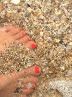 Shell foot massage